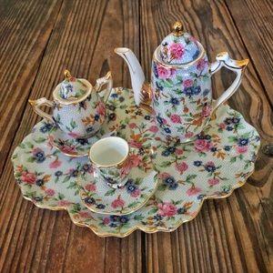 VINTAGE Regal Porcelain Chintz Tea Set